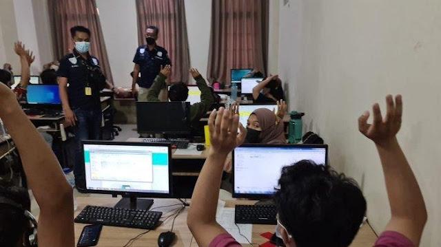 Polisi Gerebek 2 Kantor Pinjaman Online di Jakarta Barat dan Tangerang: 88 Orang Diamankan