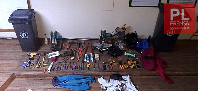 Carabineros detuvo a 2 sujetos por robo a vidriería de Osorno
