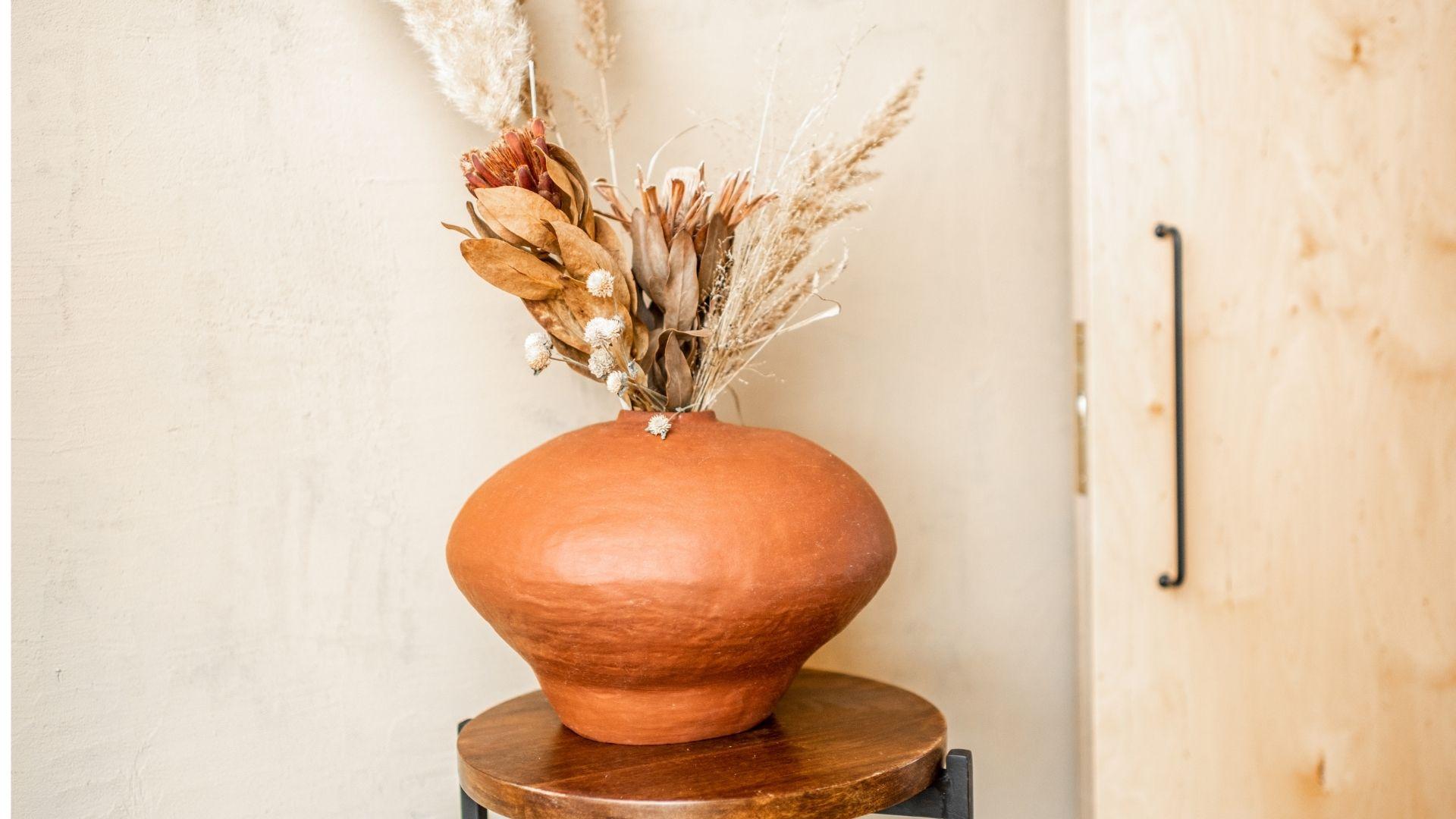 czy można trzymać suszone kwiaty w domu