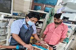 दुर्गा प्रतिमा देखकर घर लौट रहे 2 युवकों को बदमाशों ने मारी गोली, अस्पताल में भर्ती