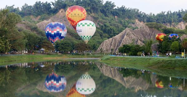 高雄田寮月世界「愛.月熱氣球」搭熱氣球偽出國到土耳其