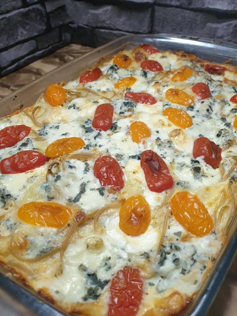 Zapiekanka makaronowa z serem pleśniowym