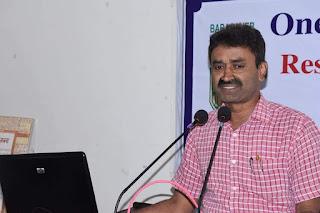 भारत मे नक्सलियों को चुनाव लड़ाने के पक्षधर हैं MGCU के नए कुलपति दावेदार प्रो. तेजप्रताप सिंह
