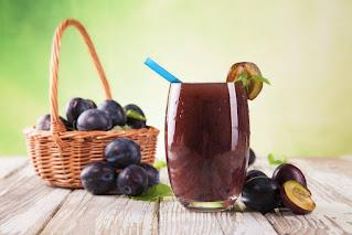 طريقة تحضير عصير البرقوق السهل واللذيذ