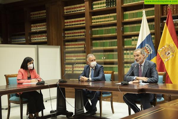 Torres remarca la adquisición de las 18 primeras viviendas para los afectados por el volcán de La Palma y confía en recuperar el regadío con la máxima celeridad