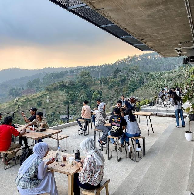 Concrete Batu Cafe