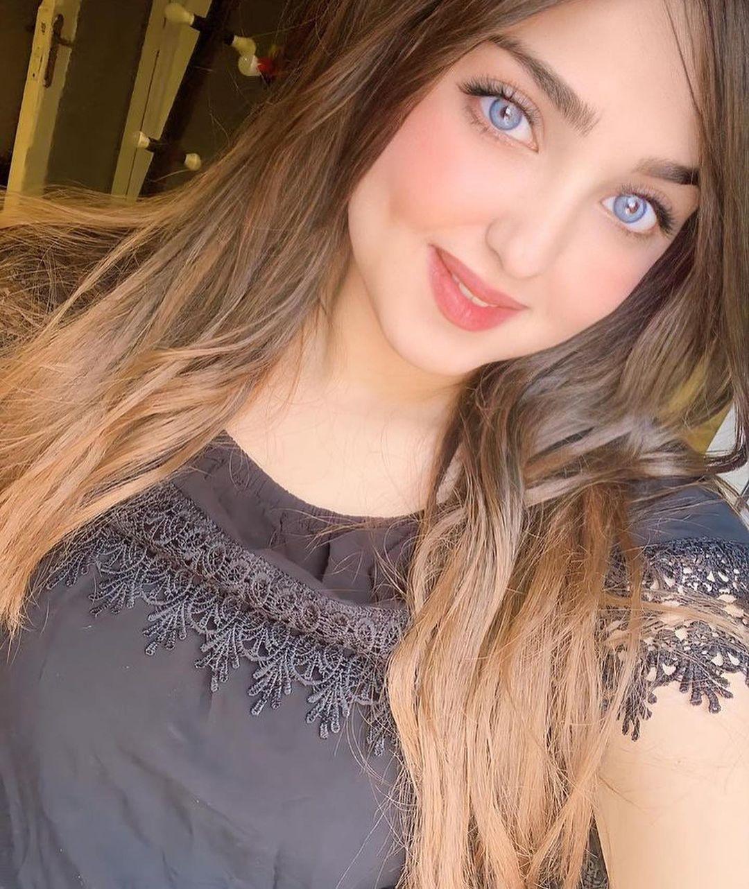 Most Beautiful Arabic Girls DP