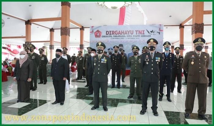 Kapolres Situbondo Ikuti Upacara dan Tasyakuran Peringatan HUT ke – 76 TNI