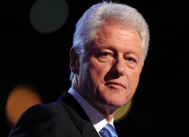 وسائل إعلام أميركية: نقل الرئيس الأميركي الأسبق بيل كلنتون إلى المستشفى
