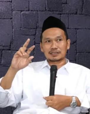 Nazwa Shihab Heran : Gus Baha Mengaku Tak Punya Instagram dan WhatsApp | PikiranSaja.com