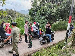 Personel Polsek Malua Polres Enrekang Rutin Operasi Yustisi