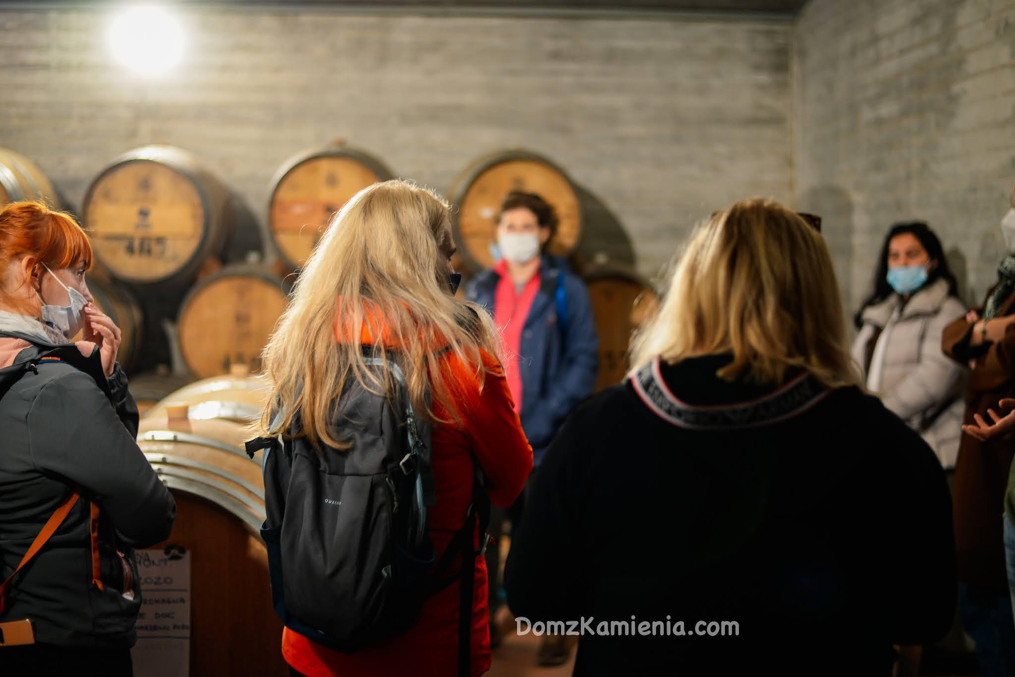 Dom z Kamienia, warsztaty kulinarno trekkingowe, degustacja wina