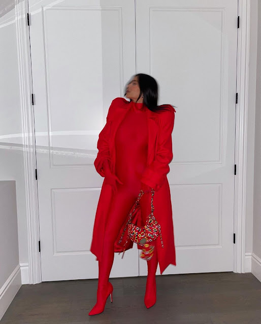 Kylie Jenner shows off her Baby Bump as she rocks her red outfit (photos)