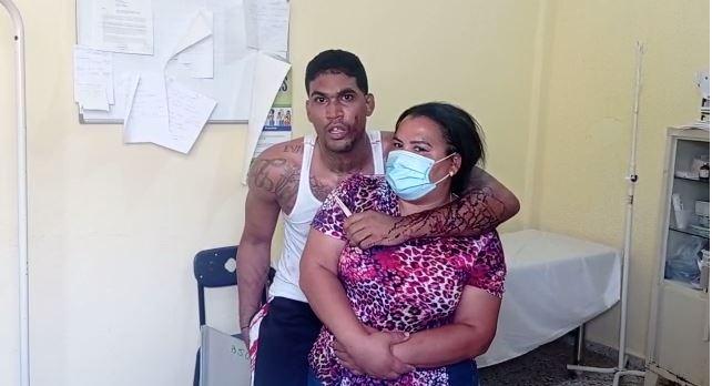 Interno secuestra una doctora en Dajabón y pide la prensa