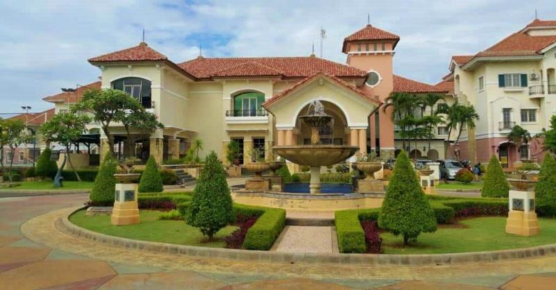 Hotel Mewah Di Jakarta dengan Konsep Villa