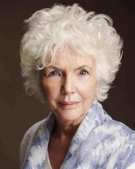 Fionnula Flanagan Net Worth, Income, Salary, Earnings, Biography, How much money make?