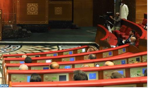 مجلس المستشارين..المعارضة تسجل غياب خطوط الربط بين المنطلقات والنتائج المتوخاة في البرنامج الحكومي
