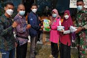 Peduli, Tim CSR PT. Cargill Donasikan 1000 Buku dan Alat Prokes ke Paud Tunas Harapan Kendayakan