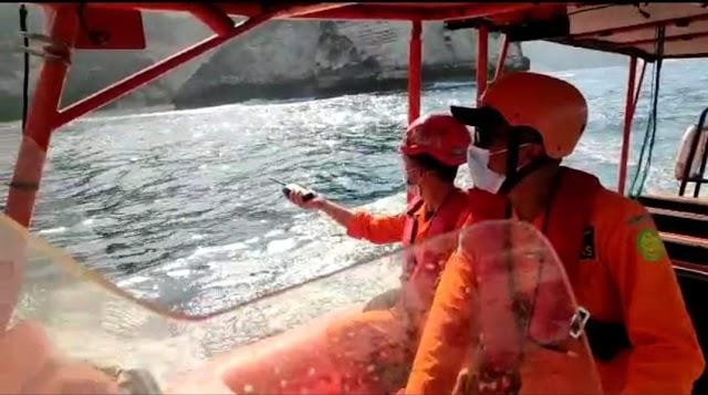 Putu Suasta Ditemukan Tim Sar Gabungan Dalam Kondisi Meninggal Dunia Di Perairan Pantai Kelingking Nusa Penida