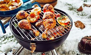 5 Tips To Keep Grilling Outside When It's Cold