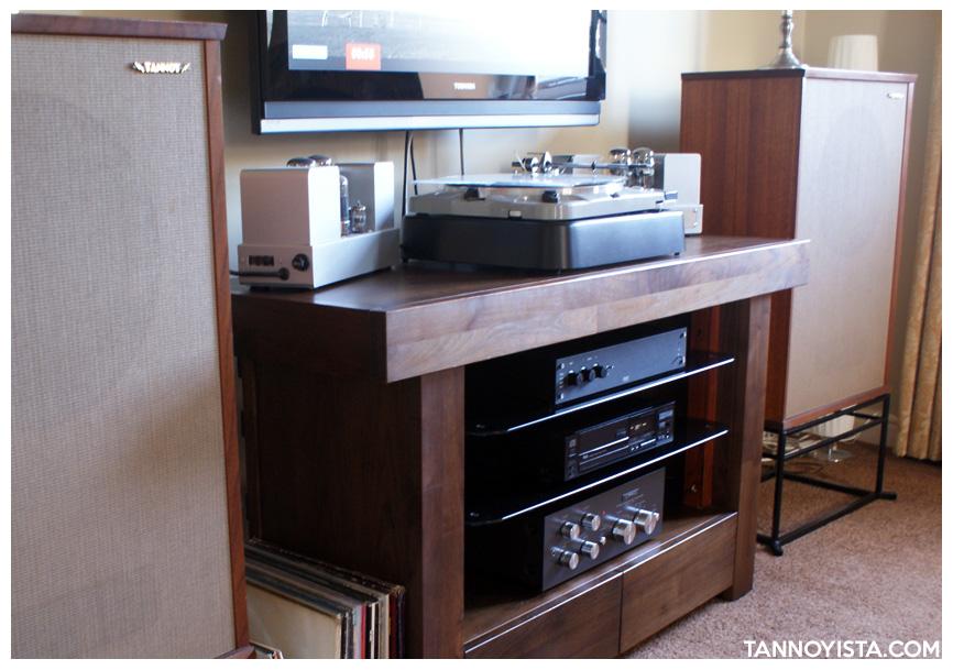 Tannoyista vintage system