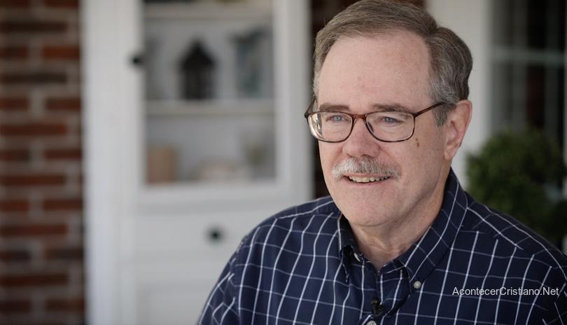 Tom Renfro, médico sana de cáncer tras oración