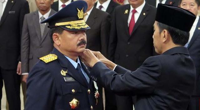 Kabar Beredar, Jokowi Ingin Hadi Tjahjanto Geser Mahfud MD jadi Menko Polhukam