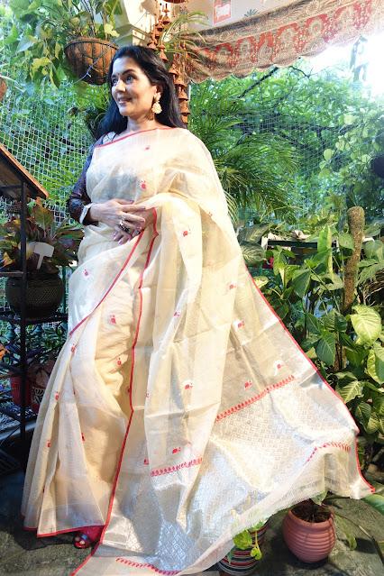 Banarasi ektara soft silk saree with a kadiyal border