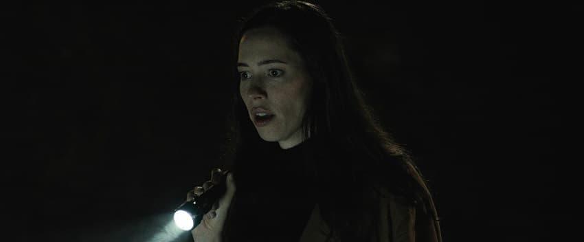 Рецензия на фильм «Дом на другой стороне» - новый хоррор режиссёра «Ритуала» - 02