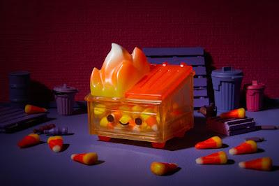 Candy Corn Dumpster Fire Vinyl Figure by 100% Soft