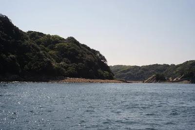虎島と沖ノ島の間