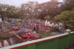 Babinsa Karangdowo Amankan Dan Monitoring Pemakaman Secara Prokes Covid 19