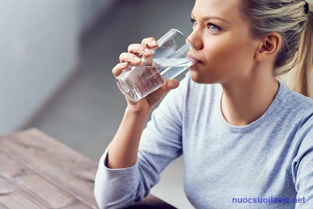 Vô số bệnh được chữa khỏi nhờ uống nước đúng cách