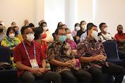 Wagub Kandouw Khusyuk Ikuti Ibadah Minggu Bersama Warga Kawanua di Jayapura