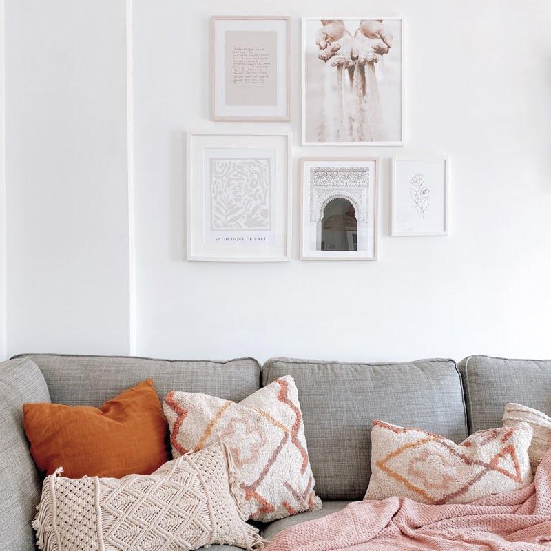 Como cambiar tu salón con una composición de laminas