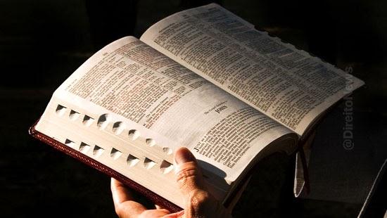 assedio religioso inconveniente configura crime discriminacao