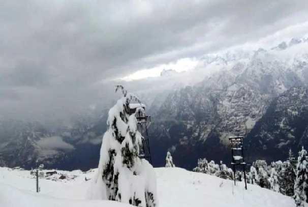 Alert : जम्मू कश्मीर और लद्दाख में भारी बारिश और बर्फबारी की चेतावनी, पढ़े