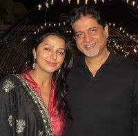 भूमिका चावला अपने पति के साथ