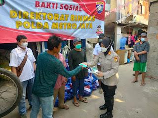 Kawasan Slum Area DKI Jakarta Dapat Bansos dari Kapolda Metrojaya