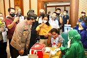 Persiapan Hadapi PTM, Kapolda Jateng Cek Vaksinasi Pelajar di Sukoharjo