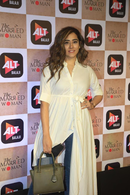 Bollywood Actress Latest Stills At Movie Event Navel Queens