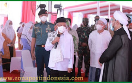 Wapres KH. Ma'ruf Amin Tinjau Vaksinasi di Ponpes Salafiyah Syafi'iyah Sukorejo Situbondo