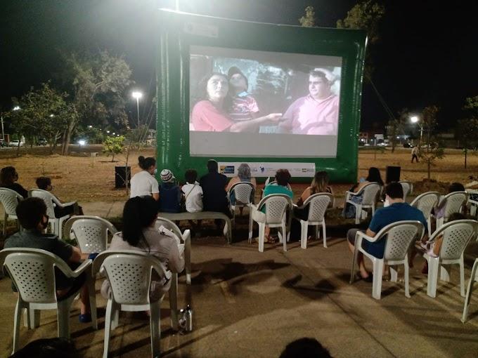 Arte Nas Cidade: Brasília 60+1: Guará, Riacho Fundo e Vicente Pires recebem sessões de cinema gratuitas