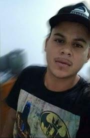 Jovem é assassinado a tiros em Lago da Pedra