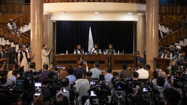 Konferensi Pers Pertama Taliban di Kantor Presiden, Siap Jamin Keamanan dan Kebebasan Pers di Afghanistan