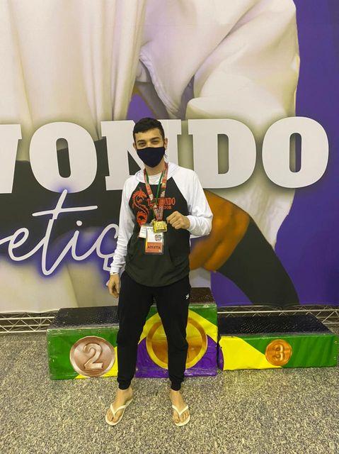 Atleta Registrense Lucas Weller é Tricampeão de Taekwondo