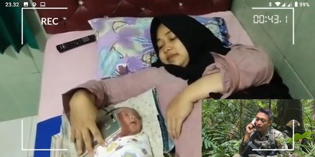 Kisah Menyayat Hati !! Anggota Brimob Polda Lampung yang Bertugas di Poso, Azan kan Anaknya yang Baru Lahir Via Telepon