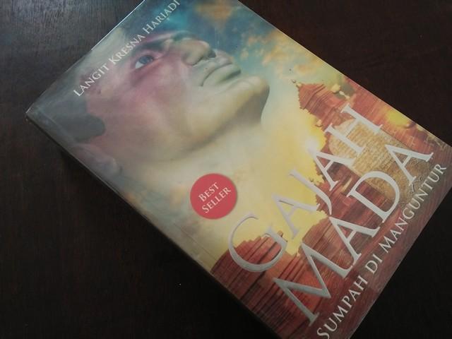 "Resensi Novel ""Gajah Mada –Sumpah di Manguntur"""