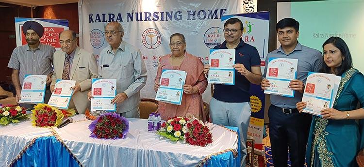 (दाएं से बाएं) डॉ श्रुति कालरा, डॉ योगेश कालरा, डॉ दीपक बंसल, डॉ सुरेंद्र कालरा, डॉ सतीश जैन, सुभाष बजाज, डॉ डी पी सिंह