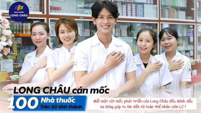 Mẫu đồng phục nhân viên tại nhà thuốc Long Châu